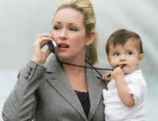 Mother/child/on the phone